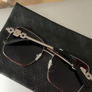 Guess Sunglasses Brand New Square Shape